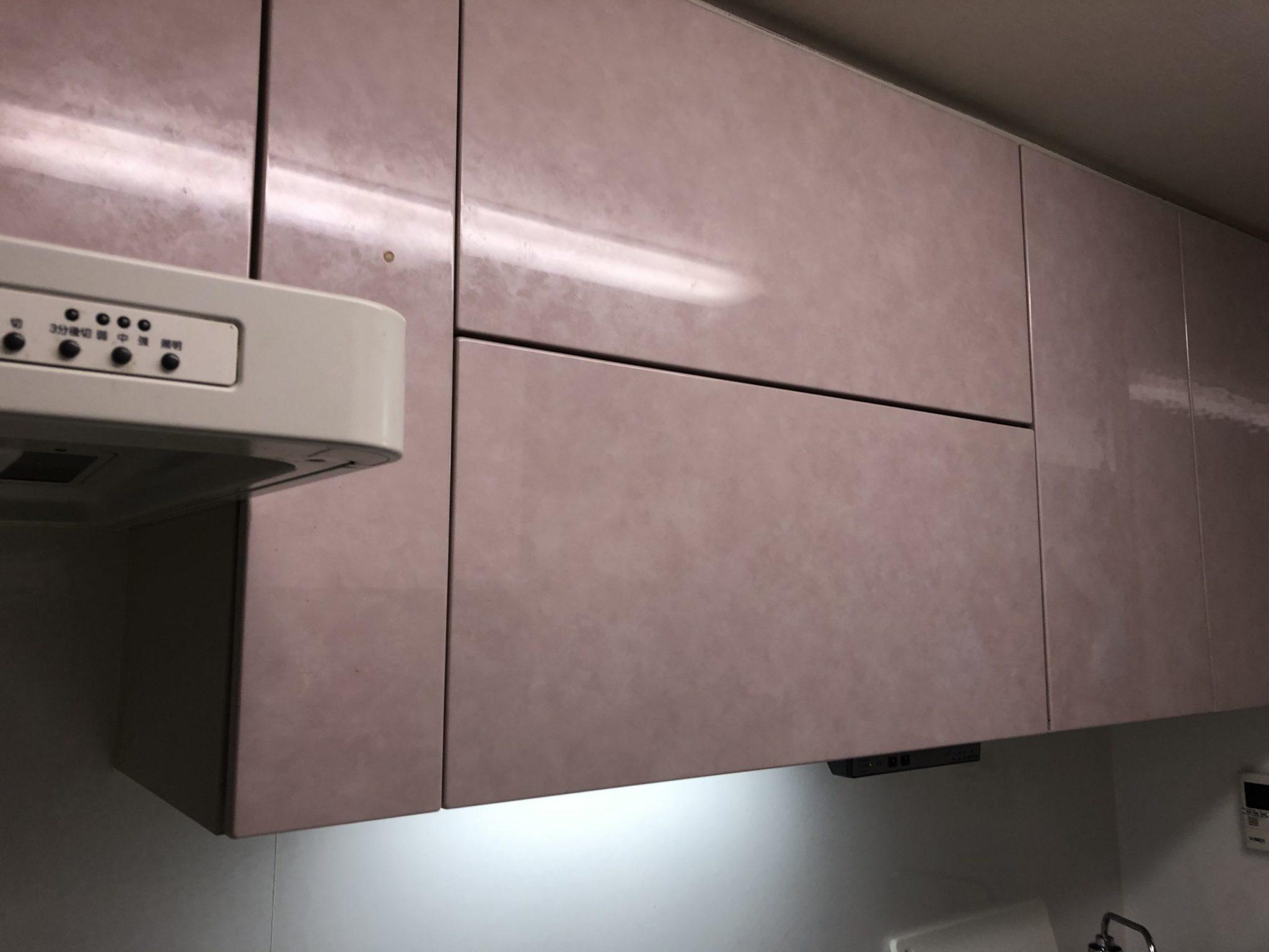 キッチンの電動昇降吊戸棚 サービスマンが聞くユーザーの声